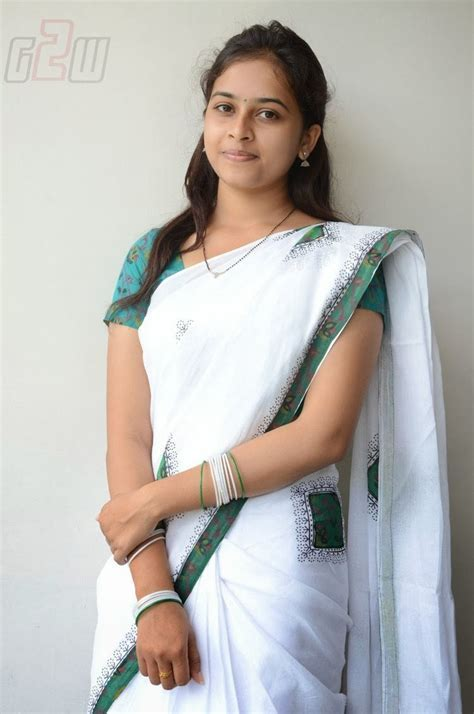 South Actress Sri Divya Latest Photo Shoot Gateway To World Cinema