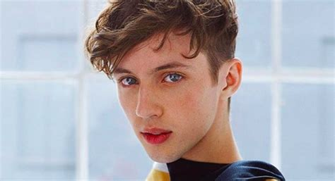 troye sivan trivia quiz test  troye knowledge