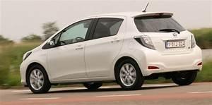 Essai Toyota Yaris Hybride : essai toyota yaris hybride 2012 ~ Medecine-chirurgie-esthetiques.com Avis de Voitures