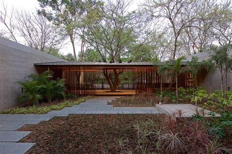 See How CORTEN steel Facade creates Adorable Residence
