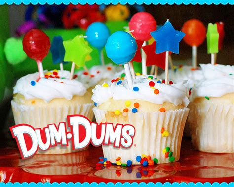 dum dums cupcakes desktop wallpaper