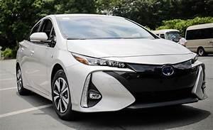 Prime Voiture Hybride 2017 : 2017 toyota prius prime plug in hybrid drive review car and driver ~ Maxctalentgroup.com Avis de Voitures