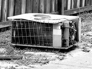 Air Conditioning Unit  Air Conditioning Unit Broken