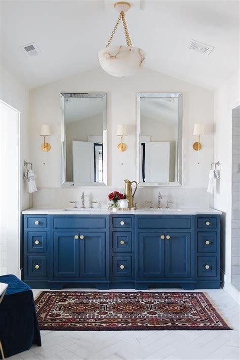 bathroom vanity paint color  benjamin moore newburyport