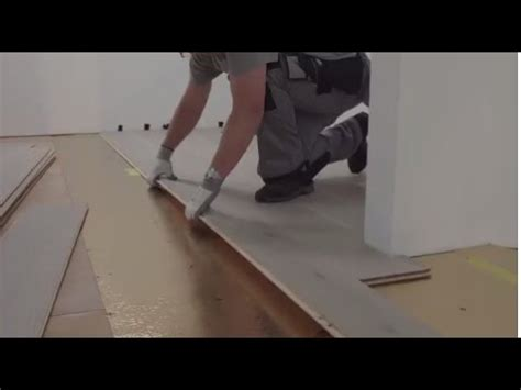 start installing  wood flooring tutorial