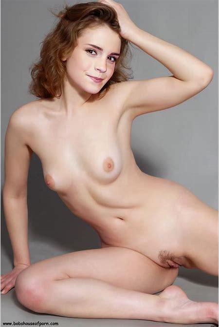 Sexy Nude Celebrities: August 2011