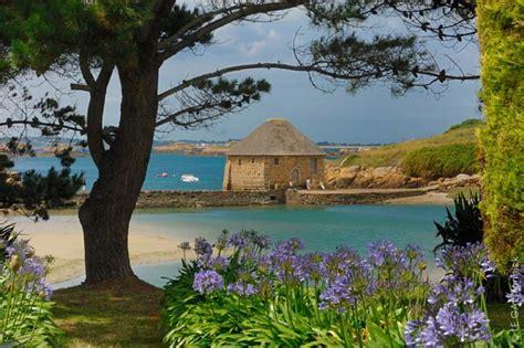 chambre d hote ile brehat gîtes et chambre d 39 hôtes sur l 39 île de bréhat
