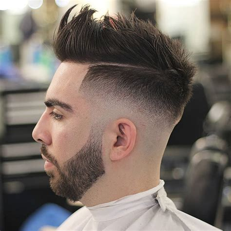 Latest Men's Hairstyles 2018   Mens Hairstyle Swag