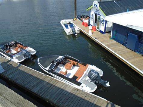 Fishing Boat Rental Vancouver by Great Day Out Picture Of Granville Island Boat Rentals