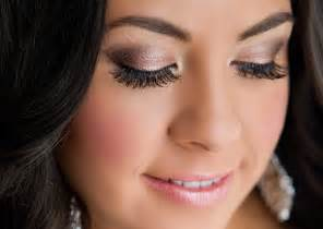 10 tips for on the big day twofoot creative - Wedding Eye Makeup