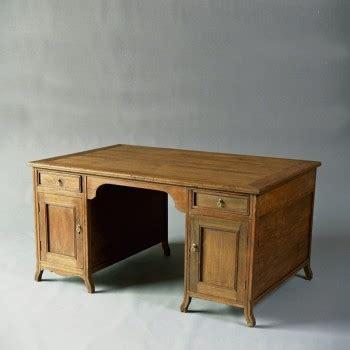 bureau marine ancien bureau ancien bureaux tables matahati créateur de