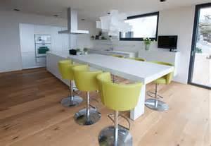 essplatz küche küche mit integriertem esstisch forafrica