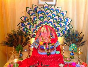 10 Simple Yet Beautiful Ganpati Decoration Ideas For Home