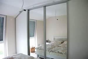 Wohnzimmer Mit Schräge : wohnzimmer schlafzimmer und garderobe ~ Orissabook.com Haus und Dekorationen