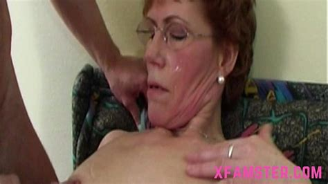 Wet Horny Mature Granny With Slim Bitch Cunt Taking The
