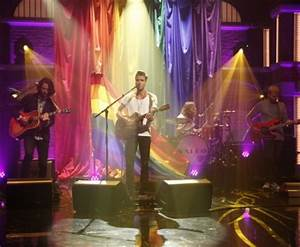 """Kaleo Performs """"Way Down We Go"""" On """"Late Night With Seth ..."""