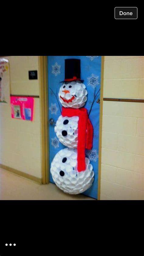 snowman door cosas de clase christmas classroom door