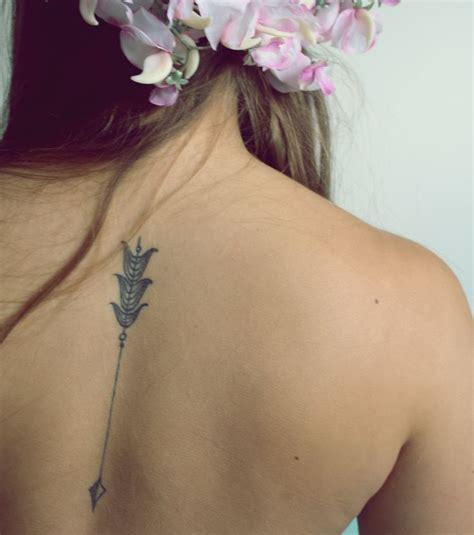 tatouage 200 mod 232 les et id 233 es pour un tatouage femme