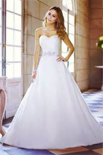 how to dress for a wedding wedding dresses bridal gowns wedding dress section hitched au