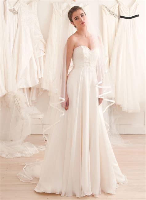 Simple Wedding Dressdont Mind The Veilbut Wouldnt