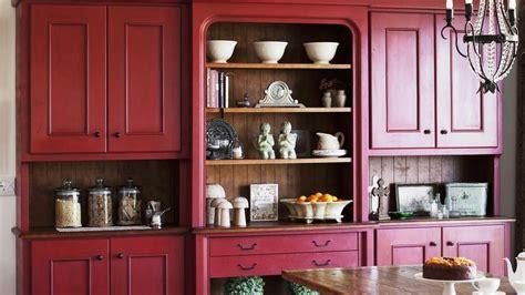 alacena roja dale una nueva vida  tu cocina westwing