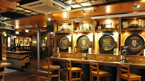 Bar In House by Vat House Traditional Pub Temple Bar Blooms Hotel