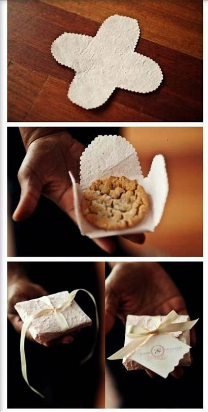 Favors Cookie Guests