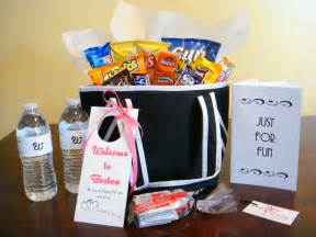 small wedding gift ideas detroit michigan wedding planner hospitality bags