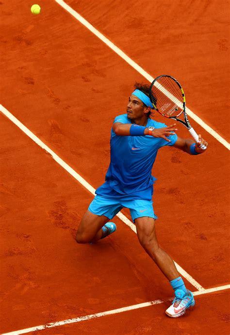 French Open -- Rafael Nadal, Dominic Thiem reach finals