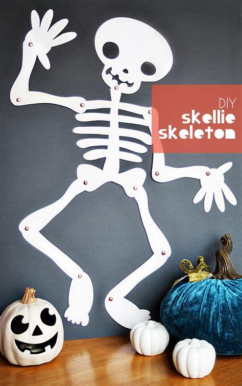 skellie skeleton diy with cricut small for big 124 | skeleton1 type1