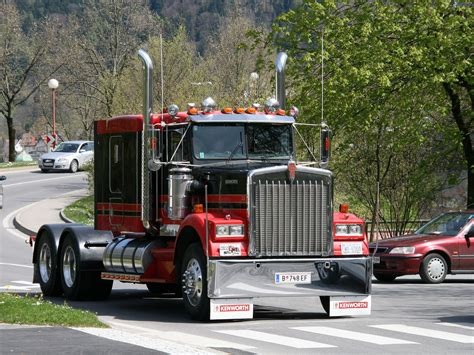 pictures of kenworth trucks kenworth k100
