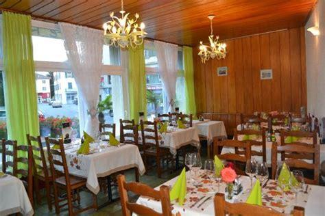 notre deuxi 232 me salle 224 manger donant sur l h 244 tel de ville picture of cafe restaurant du marche