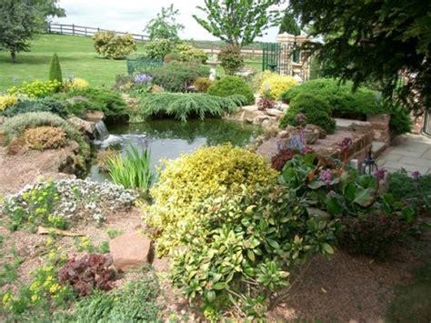 exemple d aménagement de jardin exemple d am 233 nagement de jardin en pente ou en rocaille