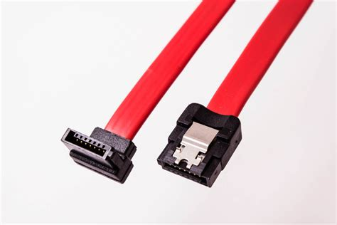 Amphenol SATA Cable (Straight with Latch to Left Angle ...