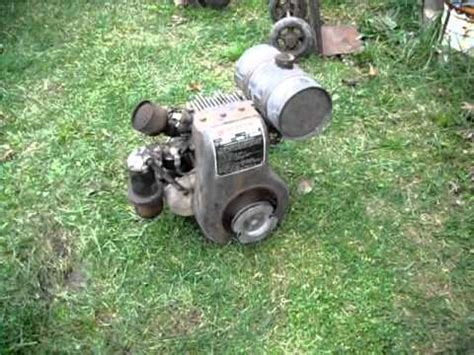 1947 Wisconsin AKS Air-cooled Engine - YouTube