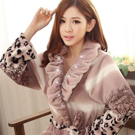 robe de chambre longue femme 130 cm achetez en gros les femmes peignoir mignon en ligne à des