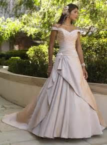 traditional wedding dresses non traditional wedding dresses dress ideas for the non traditional