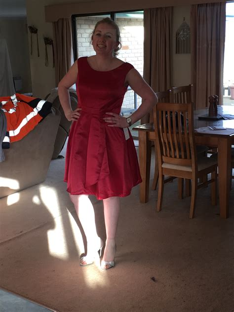 A-line/princess Scoop Neck Knee-length Satin Bridesmaid