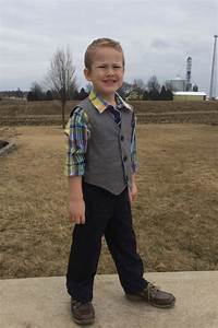 Spring Fashion Event Easter Outfits for Boys (Giveaway) - momma in flip flops