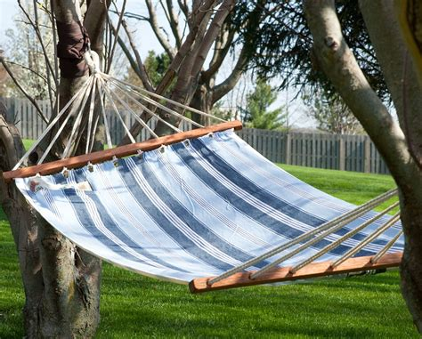 Hanging A Hammock From Trees by How To Hang A Hammock Step By Step Hayneedle