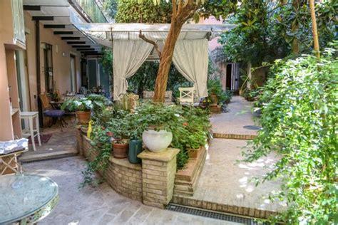 Garden House B&b (perugia, Italië)  Foto's, Reviews En