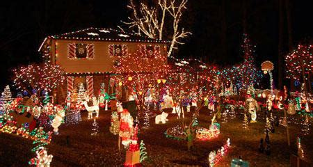 31 maisons illumin 233 es pour no 235 l planet