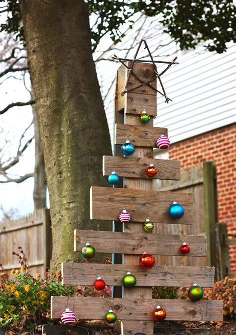 ideas      wood pallet christmas tree