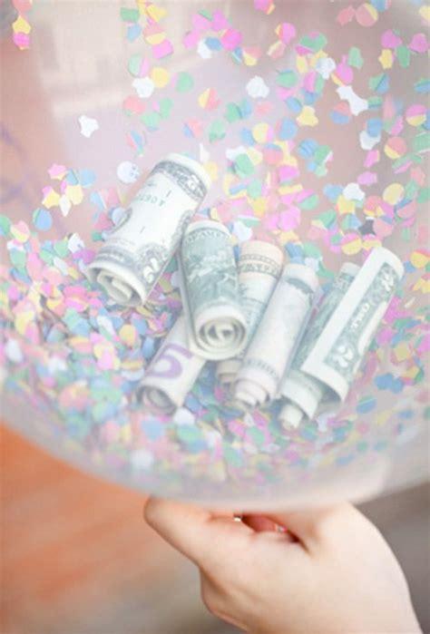 heißluftballon basteln geschenk dursichtiger luftballon konfetti und geld und fertig ist das kreative geldgeschenk geschenke