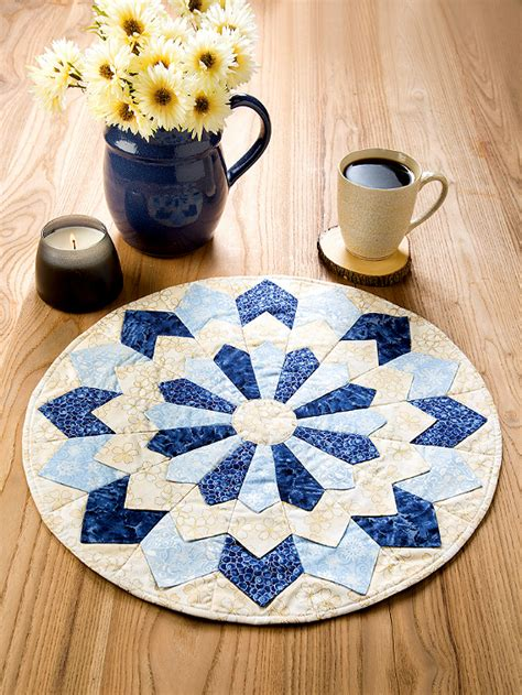 create  lovely quilted centerpiece   colors