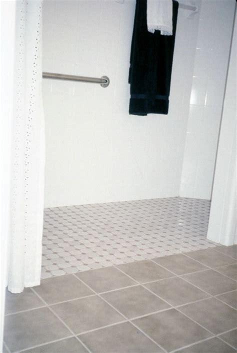 homes  life ease   idea  curb  showers