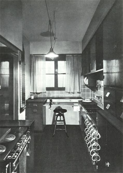 moma counter space  frankfurt kitchen
