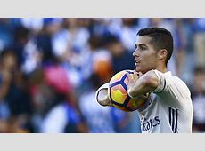 Cristiano Ronaldo agrees new deal with Real Madrid until