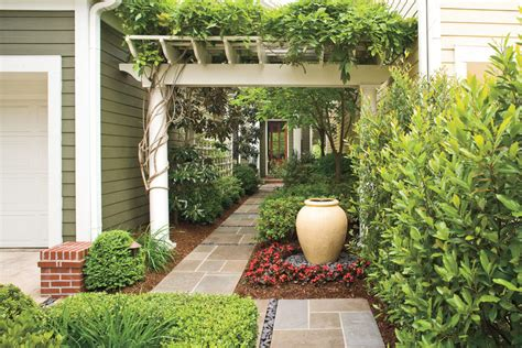 front courtyard entry courtyard classic courtyards southern living