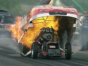 Funny car crashes, dragster accident picture